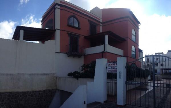 Progetto per la realizzazione di un complesso edilizio residenziale in localita' S.Anna di Lipari